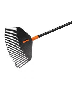 Fiskars Solid Leaf Rake - Medium - FSK1003464